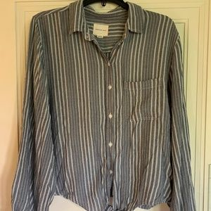 Long-Sleeved Striped Tie Shirt